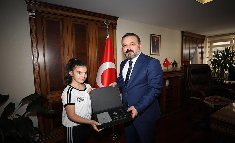Murat Ercan ve Ezel Toprakpınar
