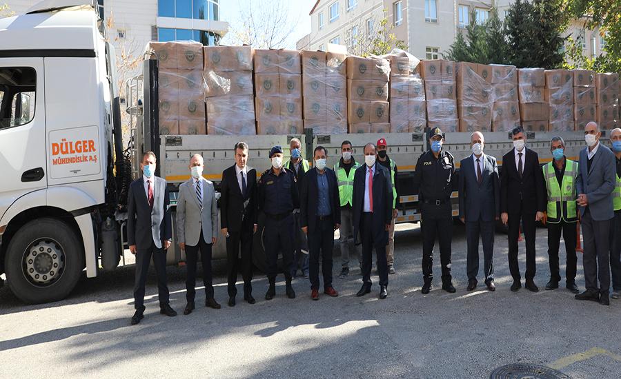 Etimesgut'tan İzmir'e Yardım